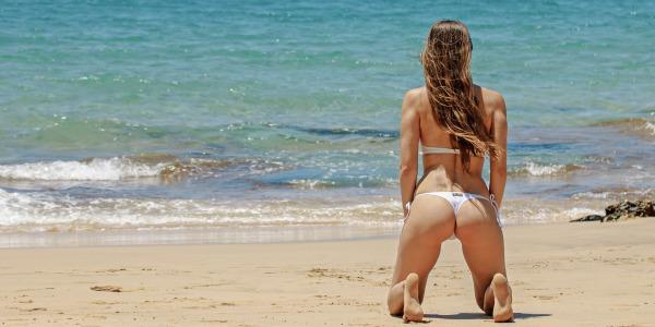 ¿Sabías que los bikinis tienen más de 100 años de historia?